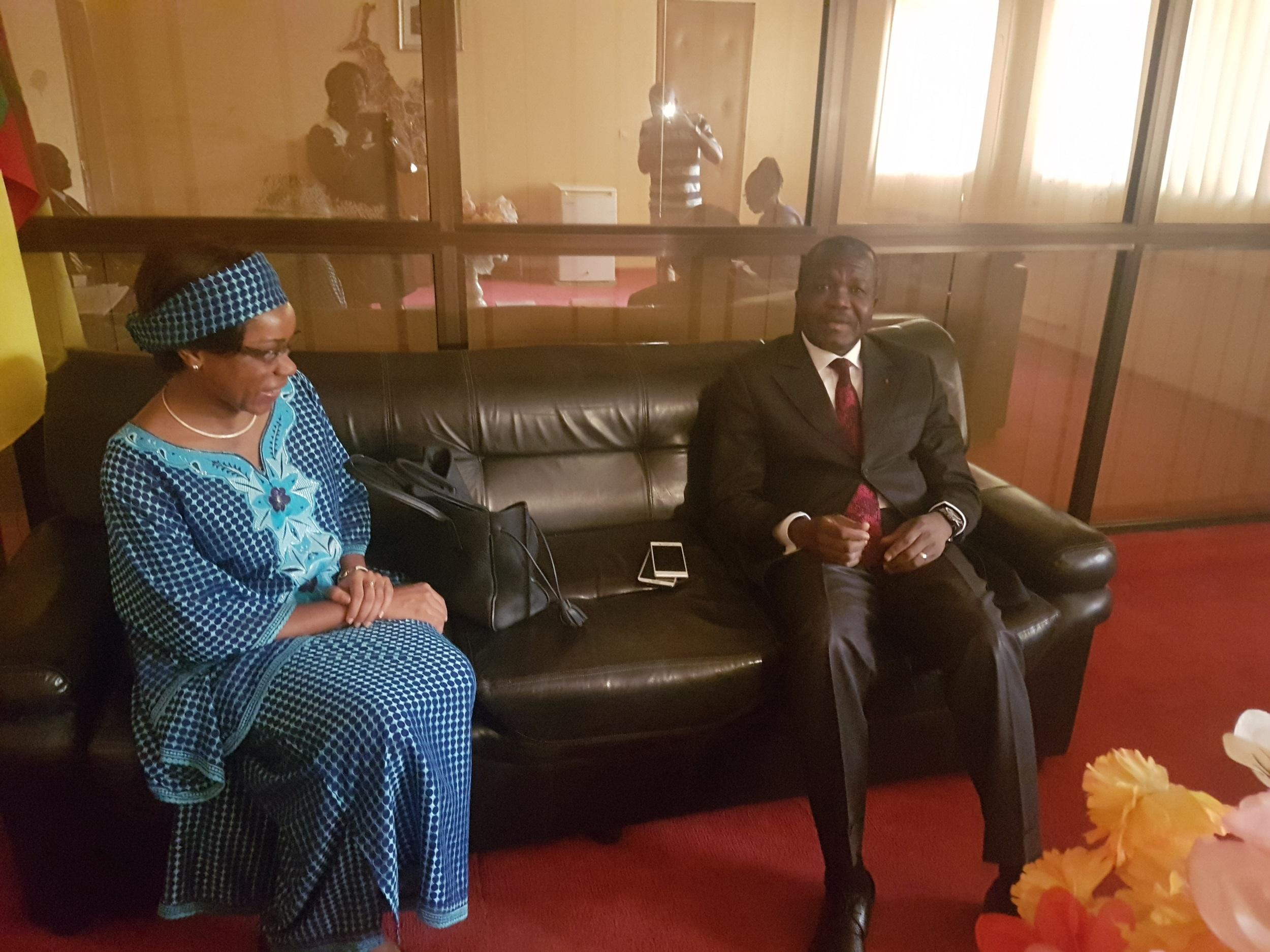 Dans le sillage de la tournée qu'elle a effectuée dans les aéroports, Mme le Directeur Général a été reçu à Garoua par le Gouverneur de la région du Nord, Jean ABATE EDI'I