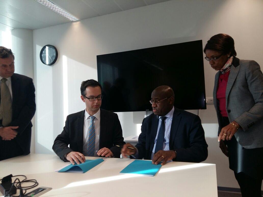 Consultations aéronautiques entre le Royaume de Belgique et la République du Cameroun. Les deux parties se sont retrouvées du 20 au 24 mars 2017 à Bruxelles.